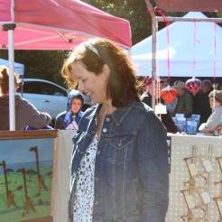 Many Florida craft shows are held in the sunny outdoors