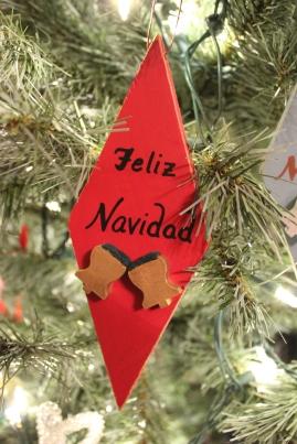 """Ornamento: """"Feliz Navidad"""""""