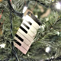 "Ornament: ""Piano Keyboard"""