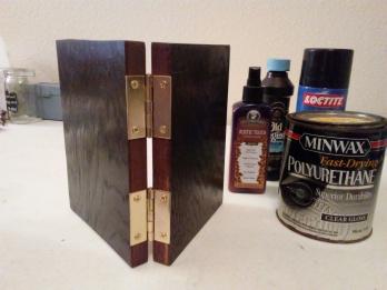 06 Hinges & varnish